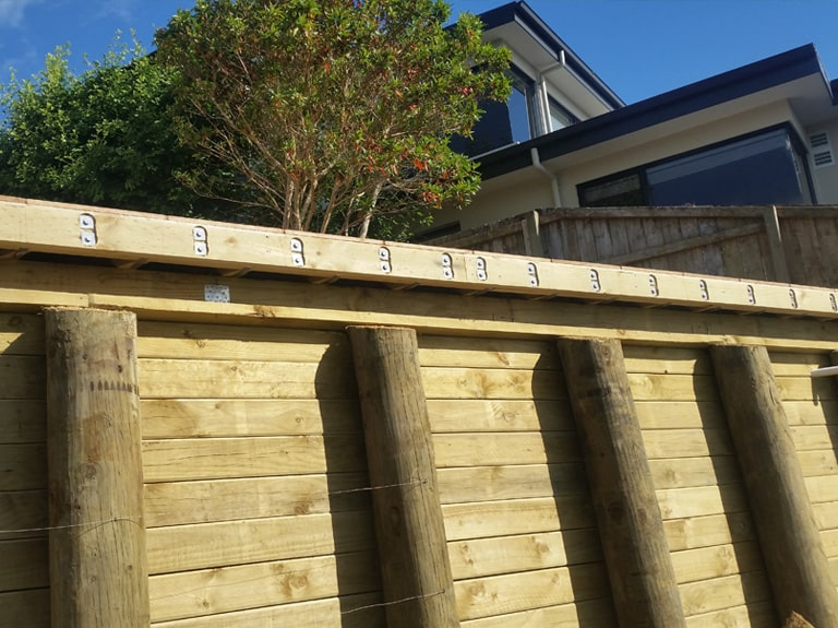 Retaining For Pool, Kwilla Deck - Strengthened Outer Joist For Balustrade